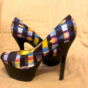 Stiletto or heal/ is in Beautiful condition used